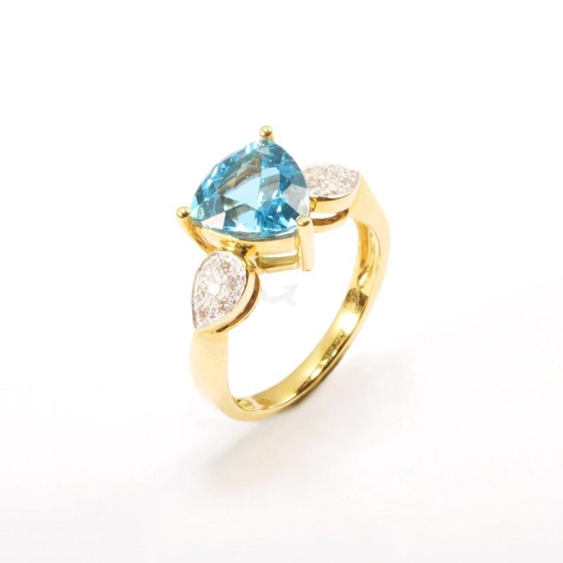 IRIS 18K Yellow Gold Ring with Swiss Blue Topaz and Diamond