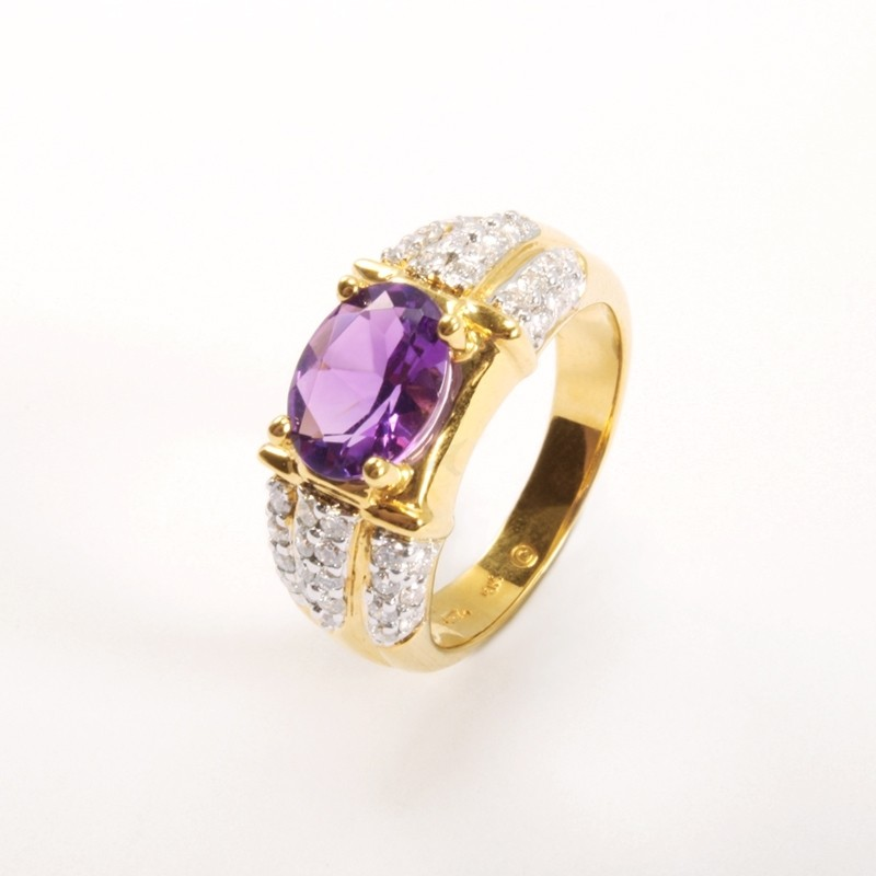 IRIS 18K Yellow Gold Ring with Amethyst and Diamond
